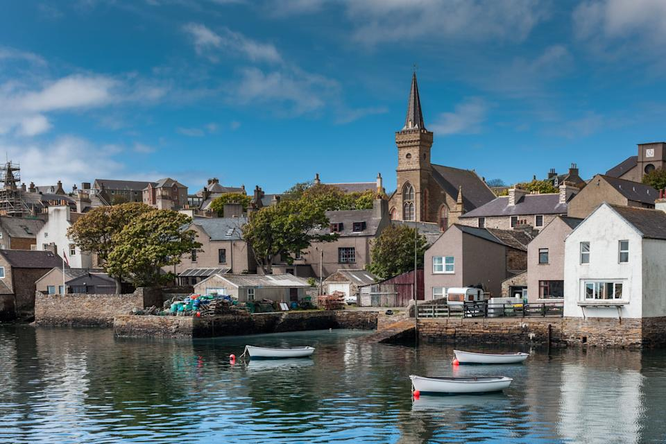 <strong>The old docks and parish church In Orkney.</strong> (Photo: ClaudineVM via Getty Images)