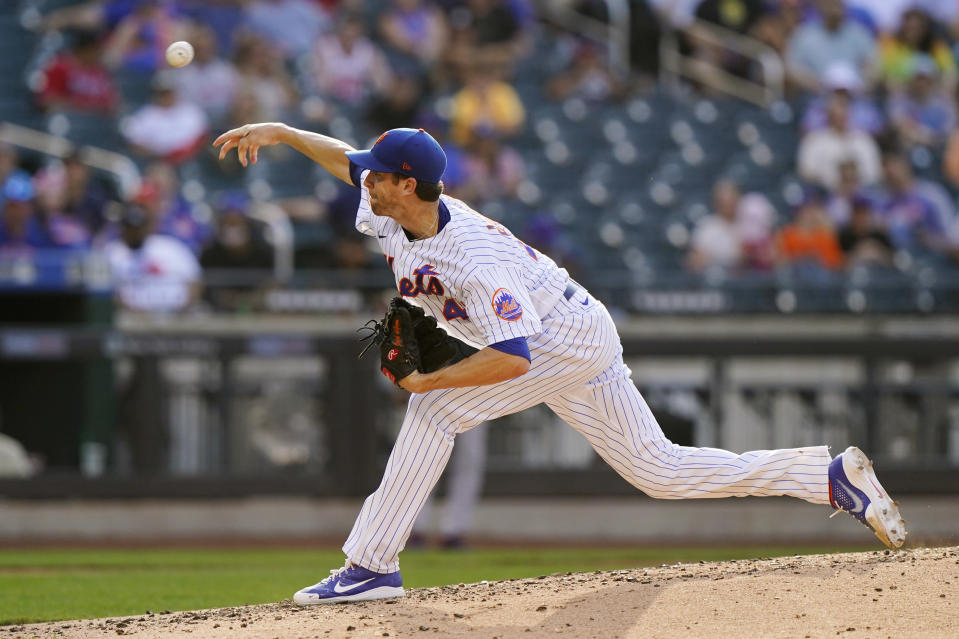 New York Mets starting pitcher Jacob deGrom delivers during the fifth inning of a baseball game against the Atlanta Braves, Monday, June 21, 2021, in New York. (AP Photo/Kathy Willens)