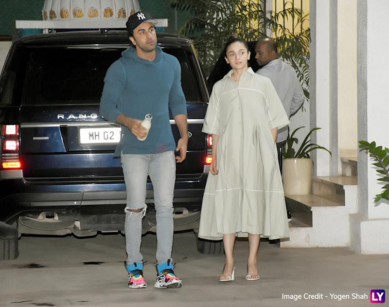 Alia and Ranbir spotted in Juhu.