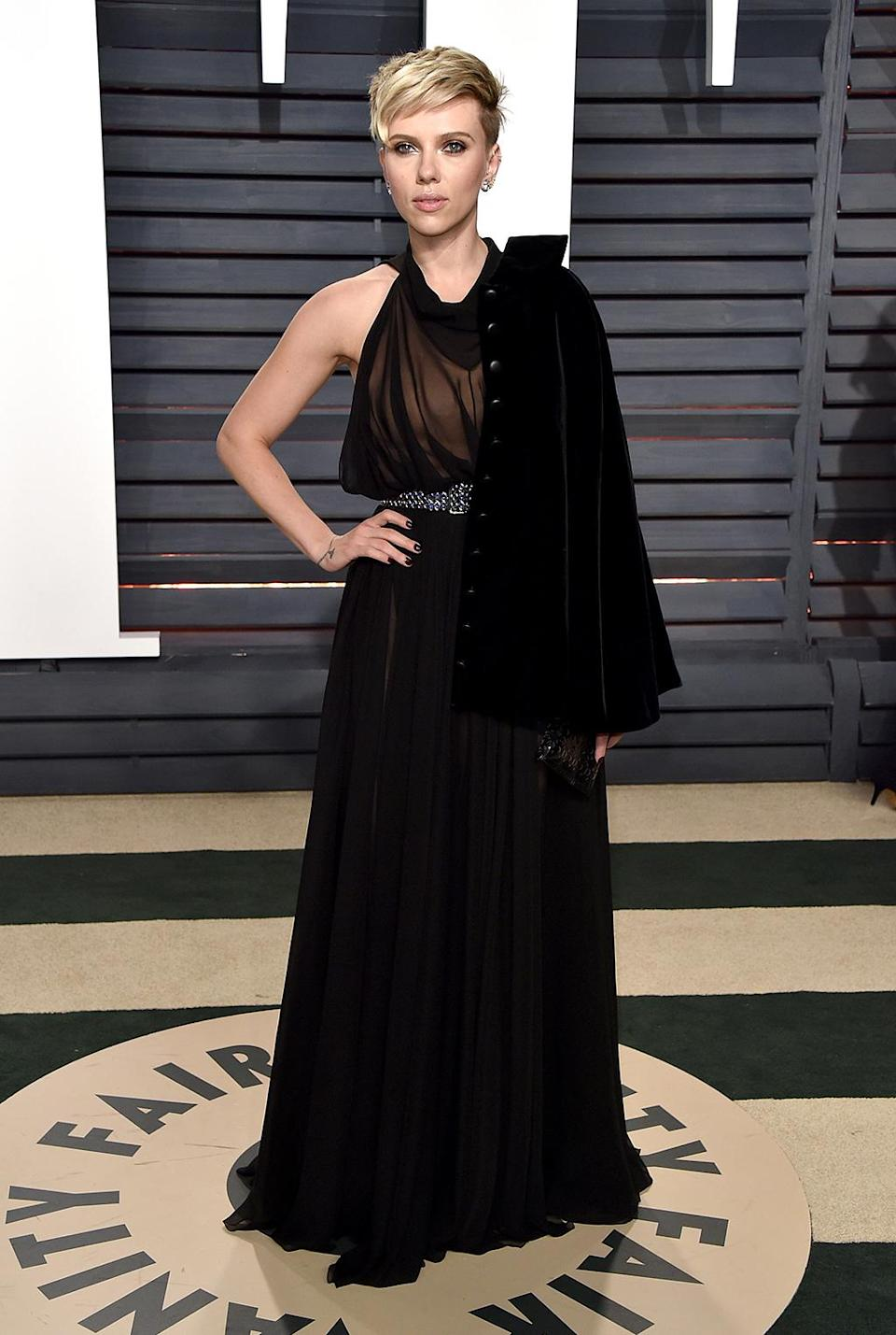<p>Scarlett Johansson sported basic black, although her Alaia dress was anything but basic. (Photo by John Shearer/Getty Images) </p>