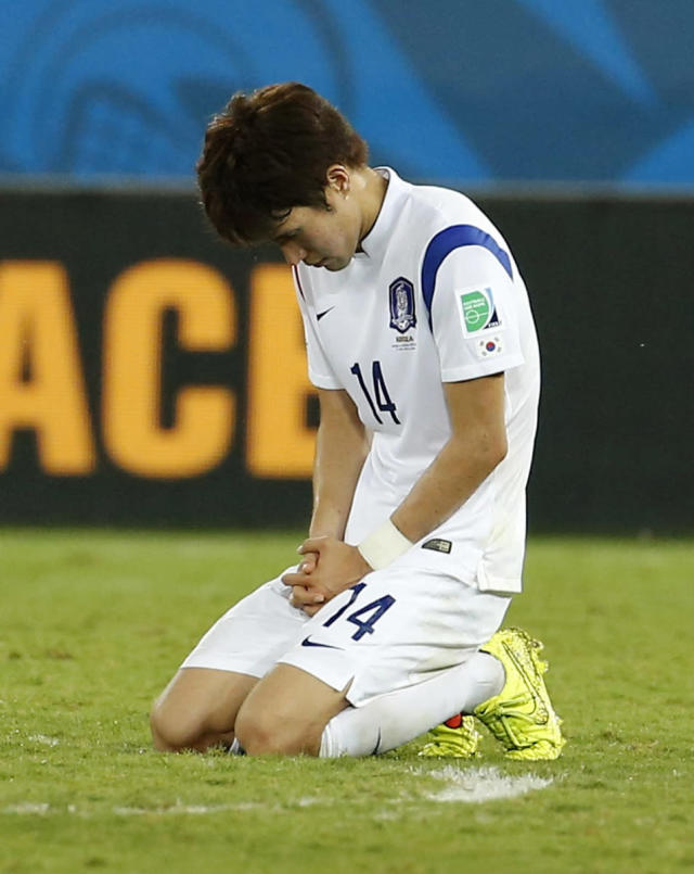 South Korea's Han Kook-young reacts after their 2014 World Cup Group H soccer match against Russia at the Pantanal arena in Cuiaba June 17, 2014. REUTERS/Eric Gaillard (BRAZIL - Tags: SOCCER SPORT WORLD CUP)