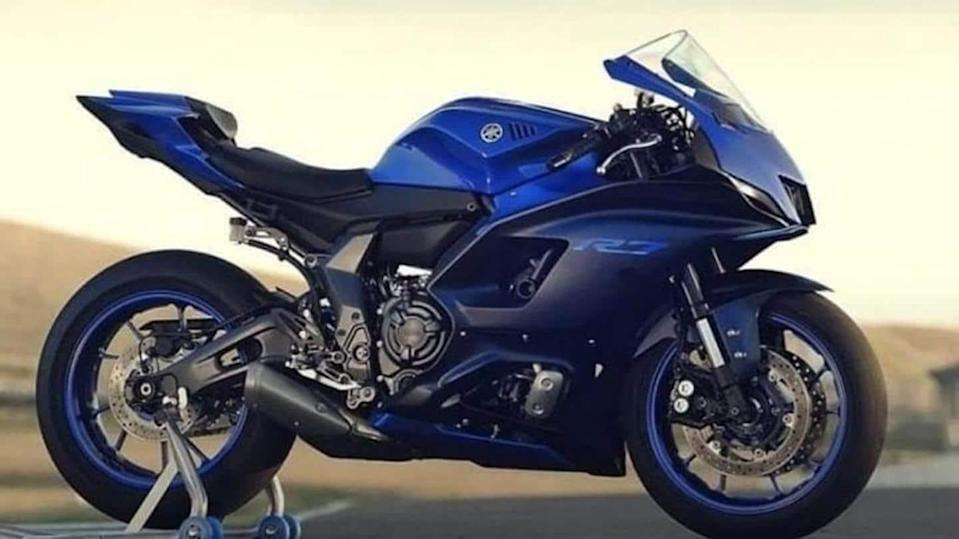 Yamaha YZF-R7, with a 689cc engine, goes official