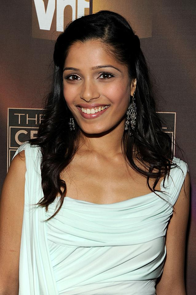 "<a href=""http://movies.yahoo.com/movie/contributor/1810042390"">Freida Pinto</a> at the 14th Annual Critics' Choice Awards in Santa Monica - 01/08/2009"