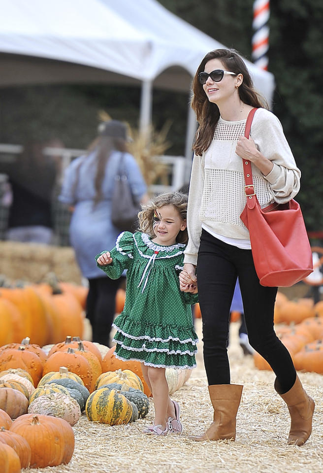 Michelle Monaghan takes her daughter Willow to the Beverly Hills pumpkin patch. Little Willow had her face painted and the pair left with some pumpkins.