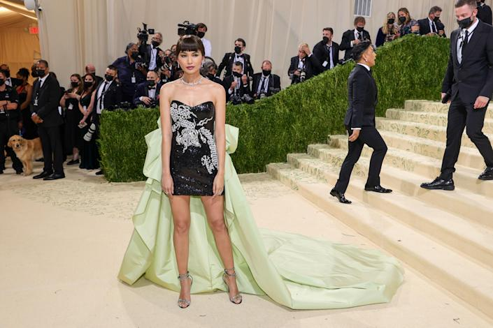 """<h1 class=""""title"""">Gemma Chan in Prabal Gurung</h1><cite class=""""credit"""">Photo: Getty Images</cite>"""