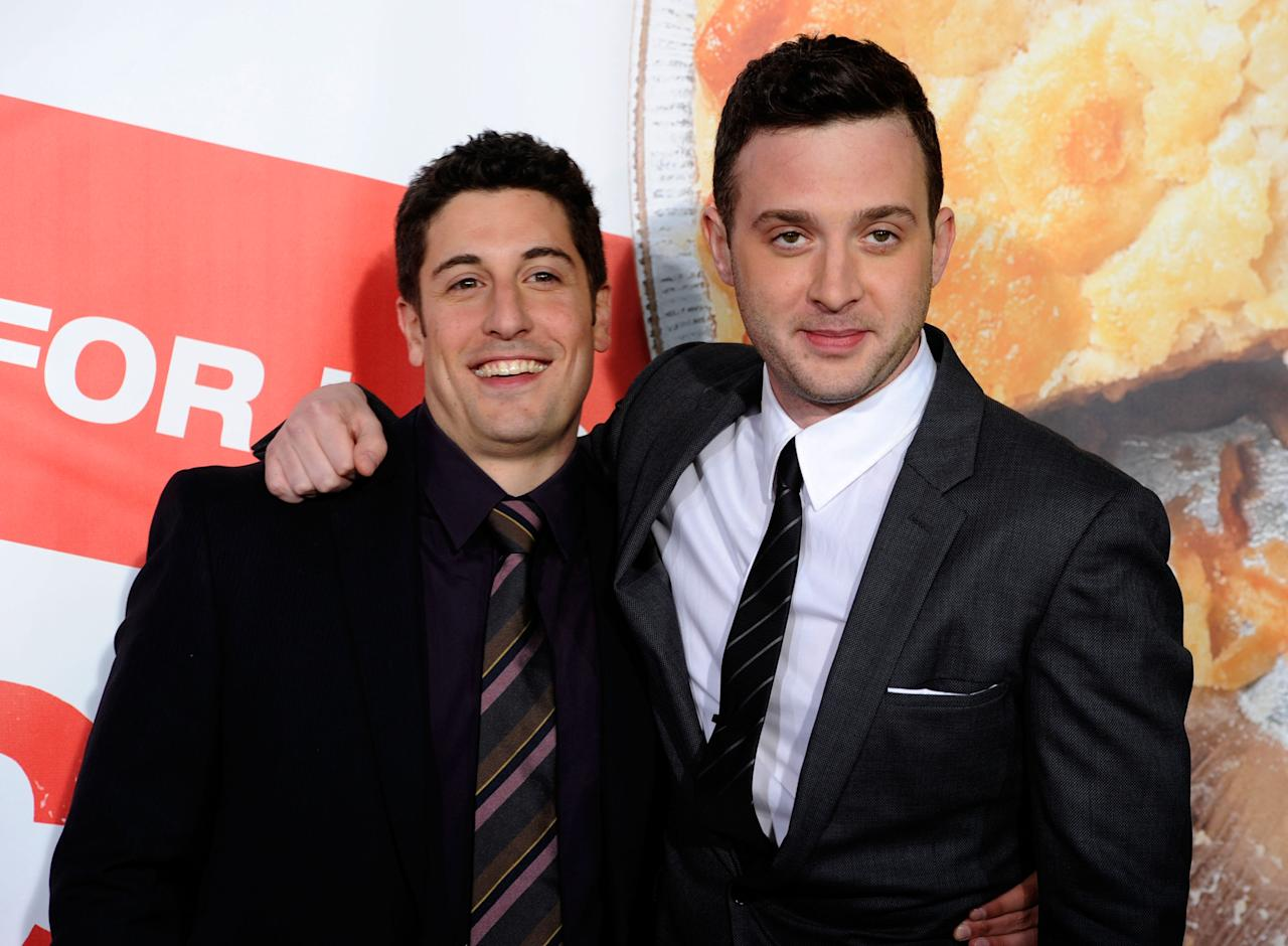 "HOLLYWOOD, CA - MARCH 19:  (L-R) Actors Jason Biggs and Eddie Kaye Thomas arrive at the Premiere of Universal Pictures' ""American Reunion"" at Grauman's Chinese Theatre on March 19, 2012 in Hollywood, California.  (Photo by Frazer Harrison/Getty Images)"