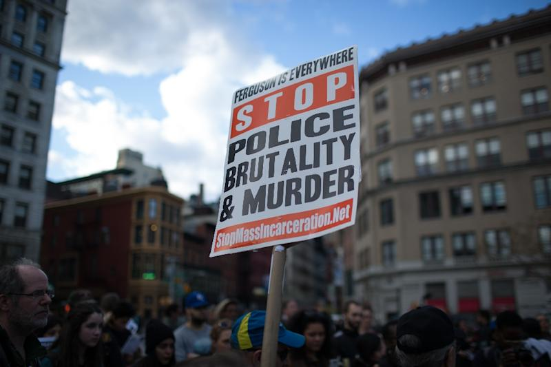 Police brutality activists gather in Union Square in solidarity with the ongoing Baltimore protests over the death of Freddie Gray on April 28, 2015 in New York City (AFP Photo/Kevin Hagen)