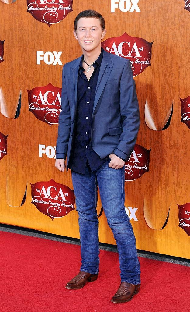 """""""Idol"""" Season 10 winner Scotty McCreery arrives at the American Country Awards held at the MGM Grand Garden Arena in Las Vegas. (12/05/2011)"""