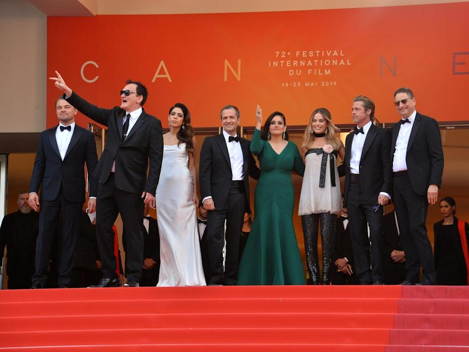 "Der ""Once Upon A Time In... Hollywood""-Cast rund um Quentin Tarantino (2.v.l.) 2019 in Cannes. (Bild: Featureflash Photo Agency/Shutterstock.com)"