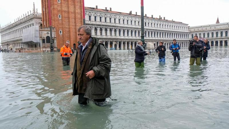 Sinking Venice braces for third massive flood in a week
