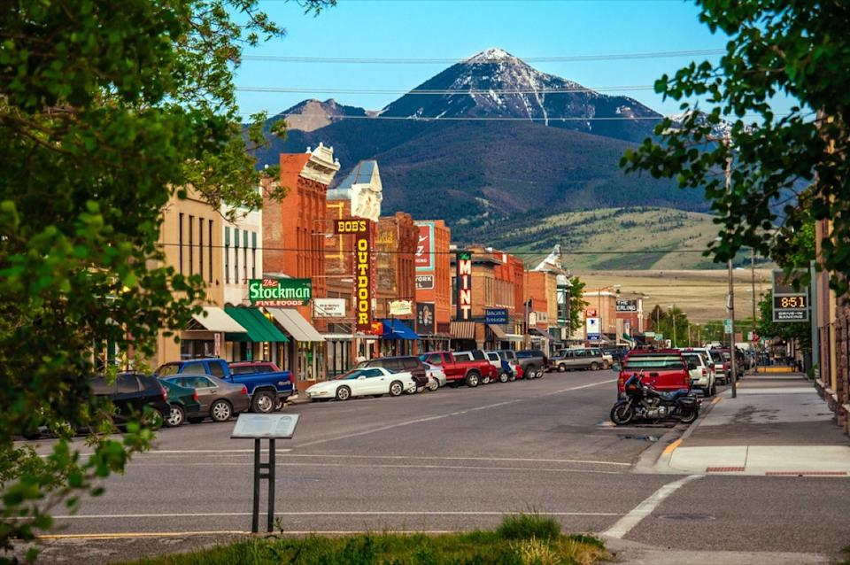 street in livingston montana