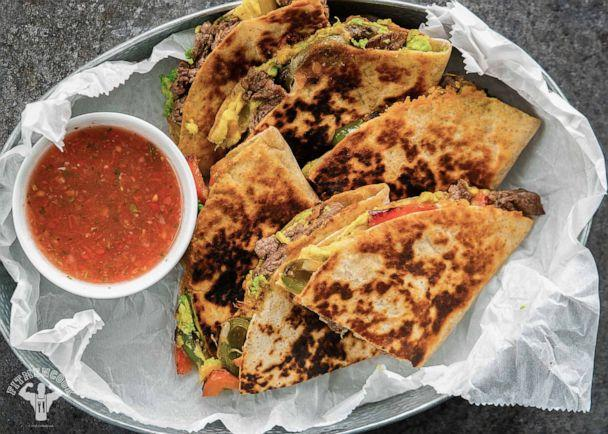 PHOTO: Kevin Curry's 5-ingredient Cheesesteak and Avocado Quesadilla dish. (Kevin Marple)