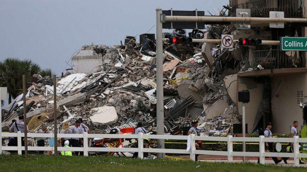 PHOTO: Rubble is piled high after the partial collapse of the 12-story Champlain Towers South condo building on June 24, 2021, in Surfside, Fla. (Joe Raedle/Getty Images)