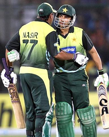 Pak openers Salman Butt and Nasir Jamshed produced an unbroken century partnership to set up a comprehensive 10-wicket win over Bangladesh in the final Asia Cup super league match on Friday. Butt scored 56 and Jamshed reached 52 as the two left-handers easily overtook the Bangladesh total of 115 in only 19.4 overs.