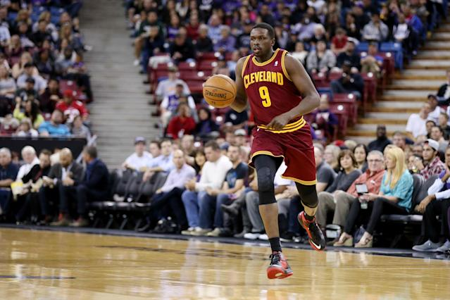 Will the Cavaliers put off contract talks with Luol Deng so they can try to sign LeBron James?