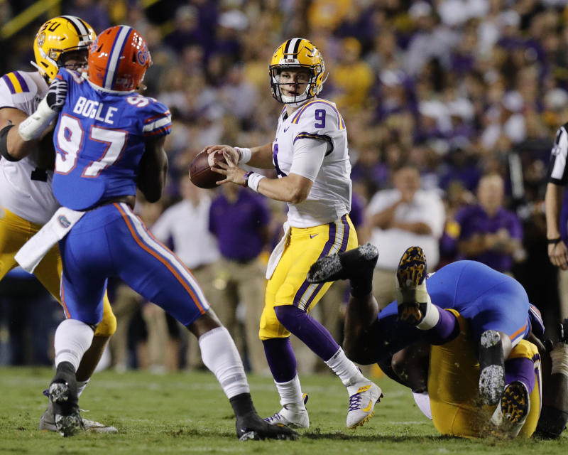 LSU Tigers quarterback Joe Burrow (9) looks to pass against Florida Gators on October 12, 2019 at the Tiger Stadium in Baton Rouge, LA. (Getty)