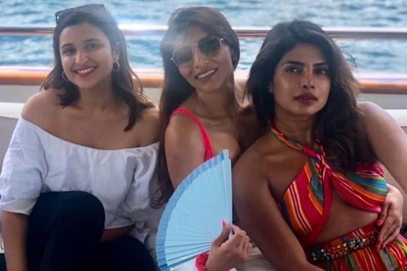 After Viral Smoking Pics, Priyanka Chopra's Bikini Photos Emerge on Social Media
