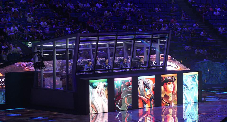 Evil Geniuses competing at TI9 on Wednesday, 20 August. (Photo: Yahoo Esports SEA)