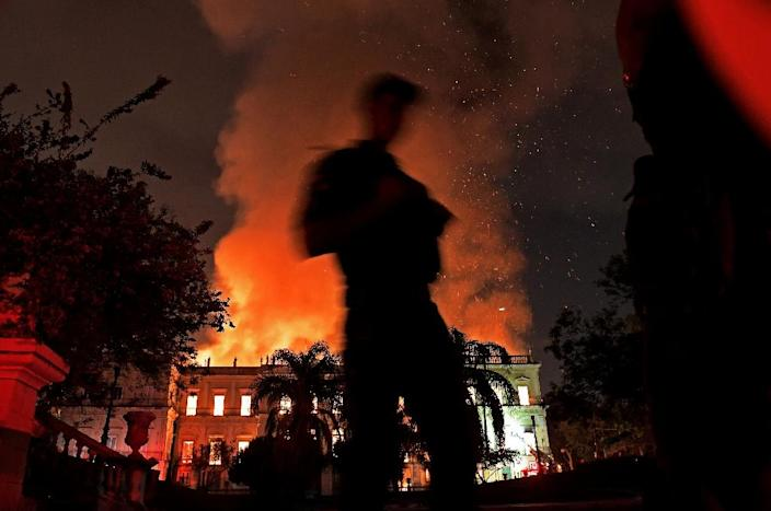 The fire tore through one of Brazil's most important museums (AFP Photo/Carl DE SOUZA)