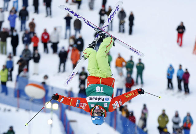 Arttu Kiramo of Finland makes his run during the men's mogul qualification event at the FIS World Cup Freestyle skiing competition in Park City, Utah, January 31, 2013. REUTERS/Jim Urquhart (UNITED STATES - Tags: SPORT SKIING) - RTR3D7PW