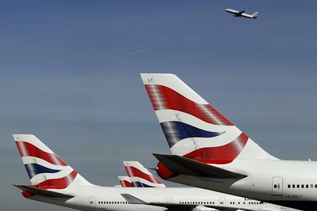 Global aviation industry signs agreement to cut CO2 emissions