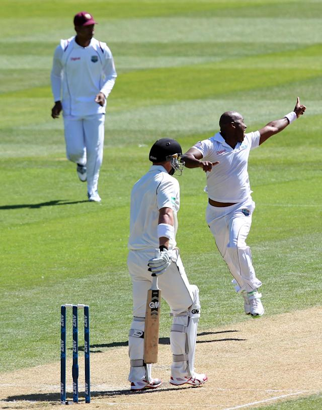 DUNEDIN, NEW ZEALAND - DECEMBER 04: Tino Best of the West Indies successfully appeals for the wicket of Corey Anderson of New Zealand during day two of the first test match between New Zealand and the West Indies at University Oval on December 4, 2013 in Dunedin, New Zealand. (Photo by Rob Jefferies/Getty Images)