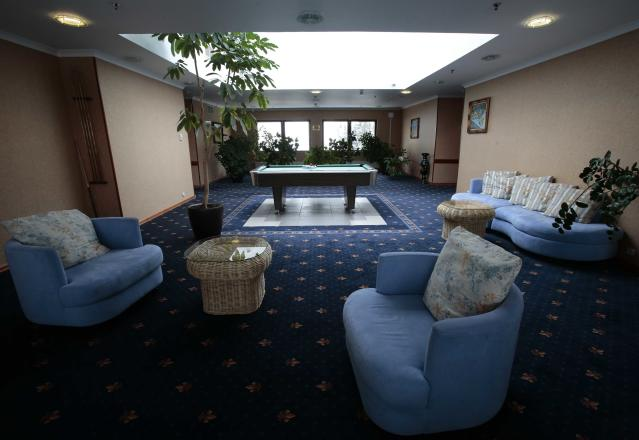 An interior view shows a hall at the Moscow Country Club hotel and golf resort which was chosen to be the base for the Belgian national soccer team during the 2018 FIFA World Cup in the village of Nakhabino, outside Moscow, Russia February 15, 2018. Picture taken February 15, 2018. REUTERS/Tatyana Makeyeva