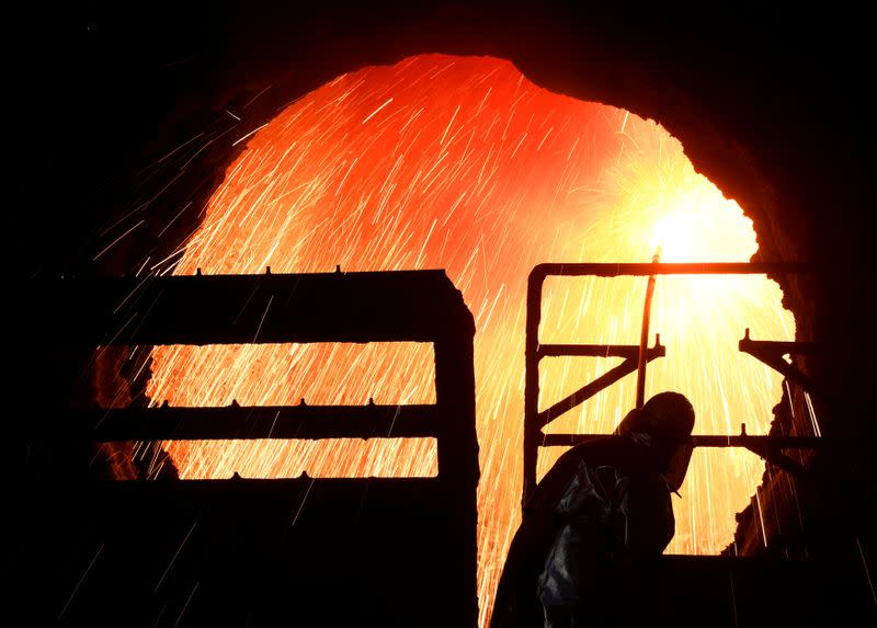 Salzgitter CEO rejects idea of steel alliance with Thyssenkrupp