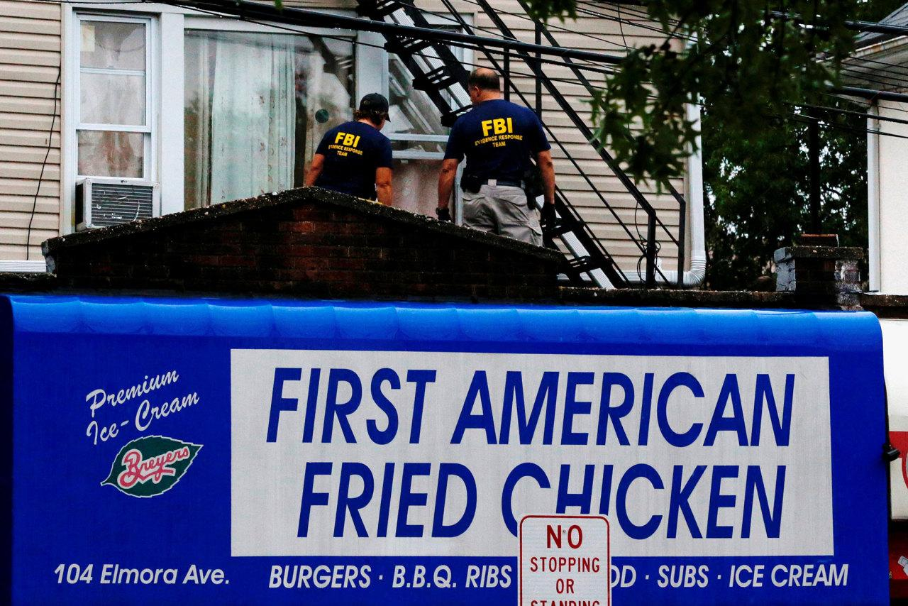 <p>Federal Bureau of Investigation (FBI) personnel search an address during an investigation into Ahmad Khan Rahami, who was wanted for questioning in an explosion in New York, which authorities believe is linked to the explosive devices found in New Jersey, in Elizabeth on Sept. 19, 2016. (REUTERS/Eduardo Munoz)</p>