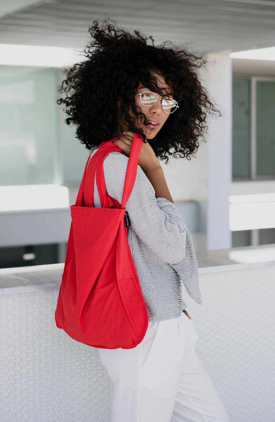 """<p><strong>NOTABAG</strong></p><p>nordstrom.com</p><p><strong>$21.00</strong></p><p><a href=""""https://go.redirectingat.com?id=74968X1596630&url=https%3A%2F%2Fwww.nordstrom.com%2Fs%2Fnotabag-convertible-tote-backpack%2F4965149&sref=https%3A%2F%2Fwww.housebeautiful.com%2Fentertaining%2Fholidays-celebrations%2Fg34836475%2Fgifts-for-sisters%2F"""" rel=""""nofollow noopener"""" target=""""_blank"""" data-ylk=""""slk:Shop Now"""" class=""""link rapid-noclick-resp"""">Shop Now</a></p>"""