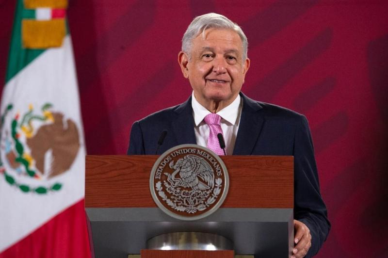 Presidente de México dice estar dispuesto a declarar por videos de su hermano