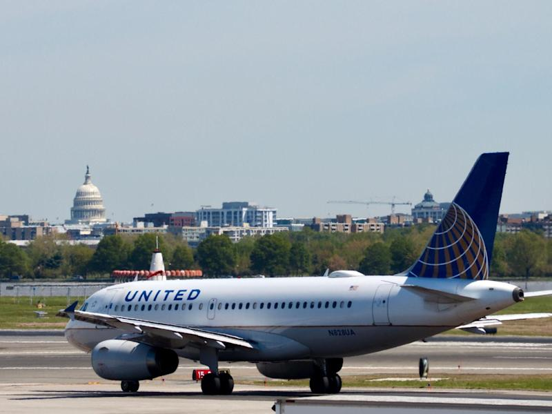 United Airlines plane at Ronald Reagan Washington National Airport in Virginia: (Getty Images)