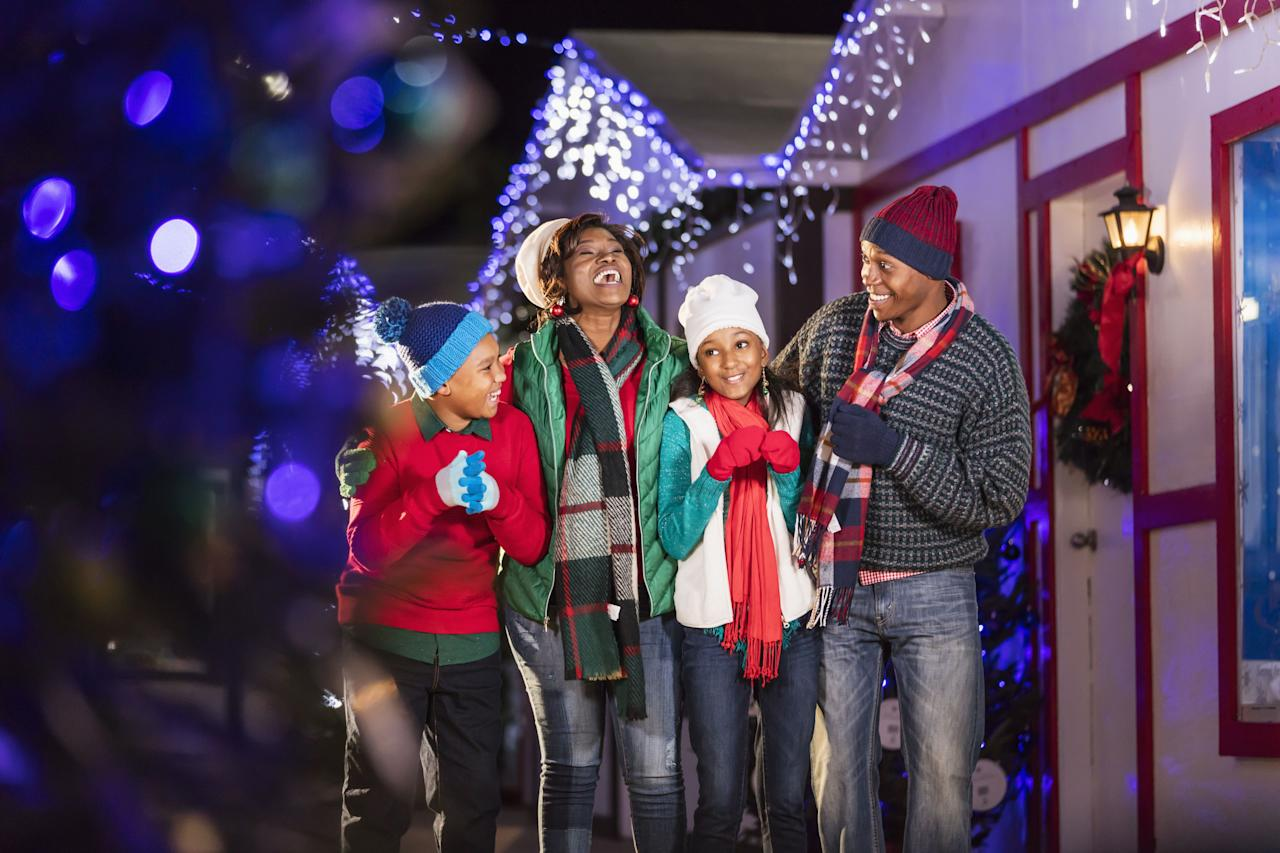 """<p>From frosty locales to tropical beaches, there's one thing every state has in common during the holiday season: a gorgeous, iconic <a rel=""""nofollow"""" href=""""https://www.countryliving.com/home-design/decorating-ideas/tips/g1251/trim-christmas-trees-1208/"""">Christmas tree</a> that people come from miles around to see. Here are the 50 best and brightest trees in the United States, guaranteed to put you and your family in the holiday spirit. Plus, see our list of the <a rel=""""nofollow"""" href=""""https://www.countryliving.com/life/g24108155/christmas-tree-farms-near-me/"""">best Christmas tree farms</a> near you.</p>"""