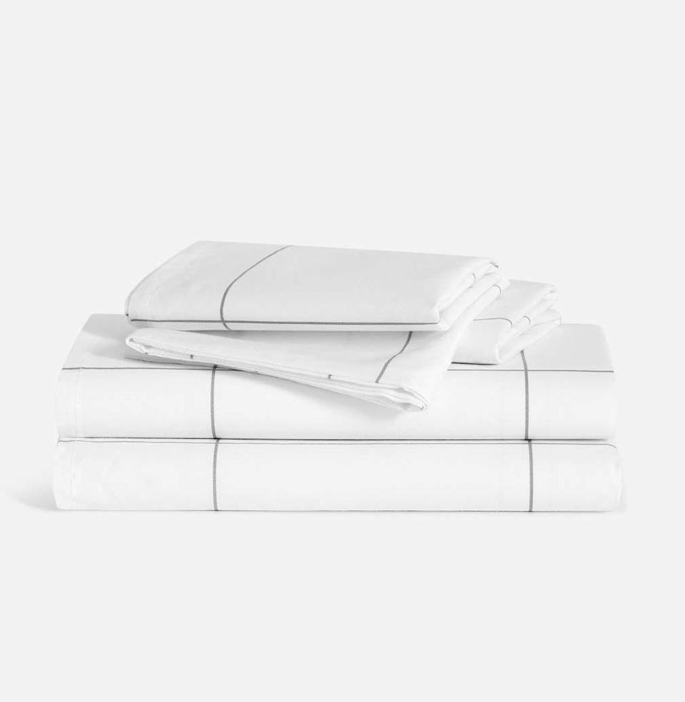 """<p><strong>Brooklinen</strong></p><p>brooklinen.com</p><p><strong>$127.20</strong></p><p><a href=""""https://go.redirectingat.com?id=74968X1596630&url=https%3A%2F%2Fwww.brooklinen.com%2Fproducts%2Fluxe-core-sheet-set&sref=https%3A%2F%2Fwww.esquire.com%2Flifestyle%2Fg34787692%2Fblack-friday-sales-for-women-wives-2020%2F"""" rel=""""nofollow noopener"""" target=""""_blank"""" data-ylk=""""slk:Buy"""" class=""""link rapid-noclick-resp"""">Buy</a></p><p><del>$159.00</del> <strong>(20% off for Black Friday)</strong></p><p>For the wife who, while sleeping on subpar bedding, dreamed of owning Brooklinen sheets. Much like we've all dreamed of owning Brooklinen sheets.</p>"""