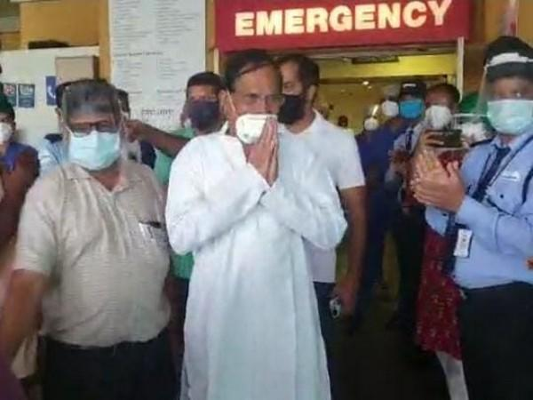 Shripad Naik, who had tested positive for COVID-19, has been discharged from the Manipal Hospital in Goa. (Photo/ANI)