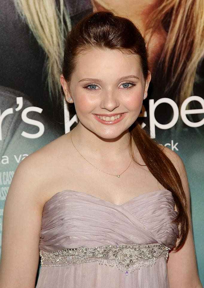 """<a href=""""http://movies.yahoo.com/movie/contributor/1807733519"""">Abigail Breslin</a> at the New York City premiere of <a href=""""http://movies.yahoo.com/movie/1810003155/info"""">My Sister's Keeper</a> - 06/24/2009"""