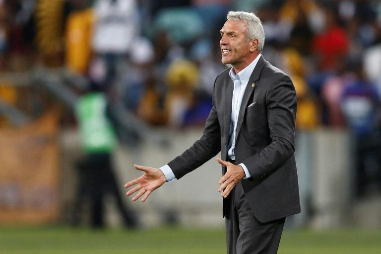German coach Ernst Middendorp saw new club Maritzburg United suffer a fifth straight loss in the South African Premiership.