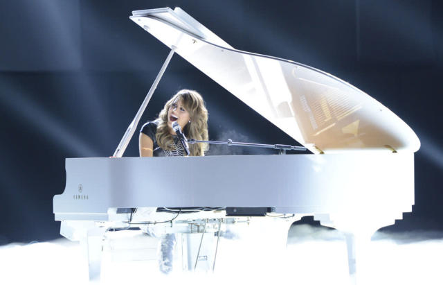 "Angie Miller performs ""Love Came Down"" on the Wednesday, April 10 episode of ""American Idol."""