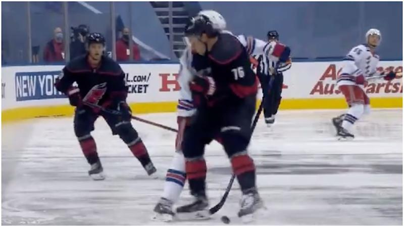 Rangers – Hurricanes Game 1 starts with goal, huge hits, Williams – Strome fight
