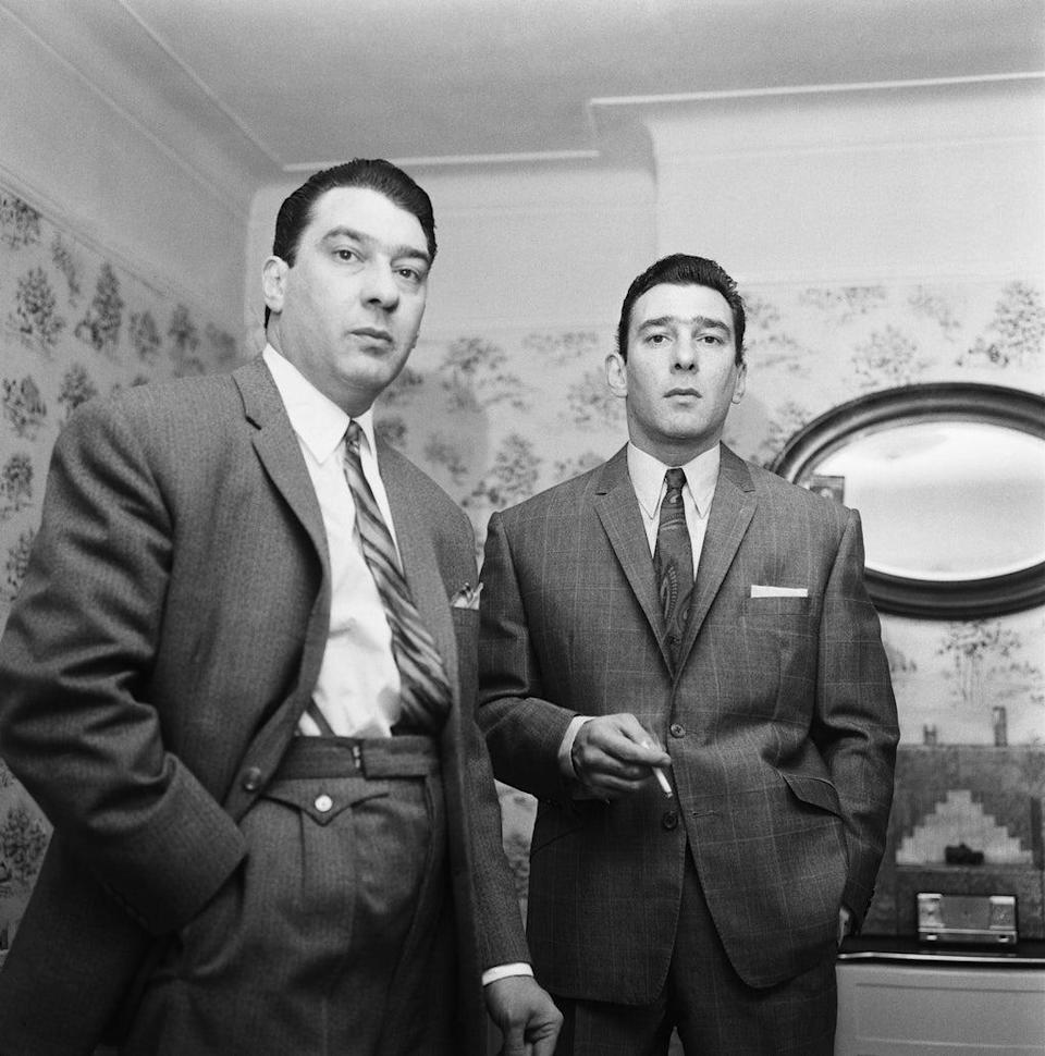 The Kray twins (Mirrorpix via Getty Images)
