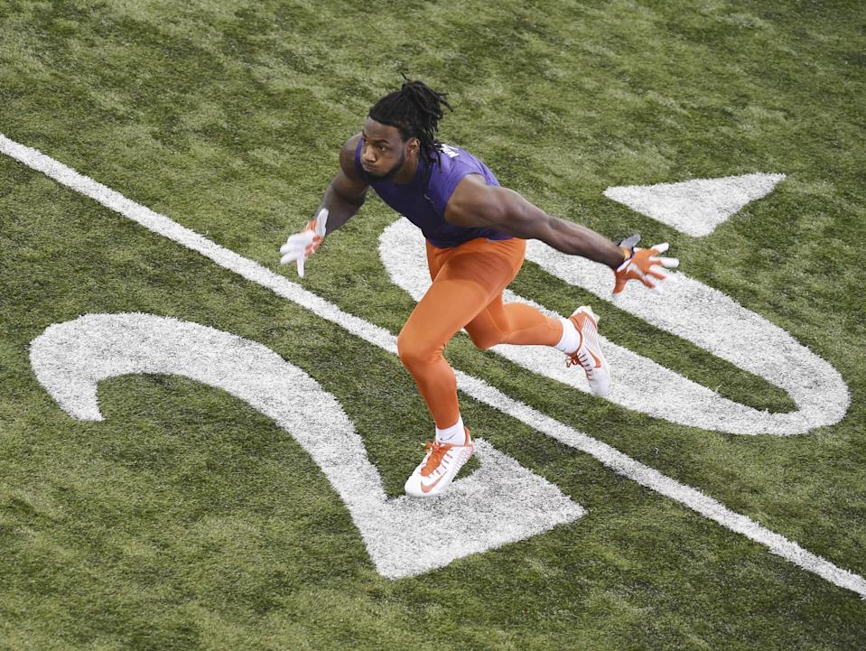 Clemson WR Mike Williams has a decent chance to be the first receiver drafted in 2017. (AP)