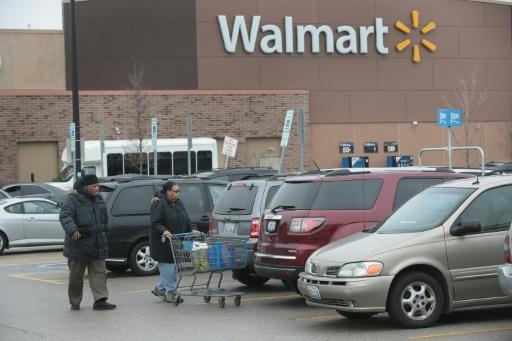 Wal-Mart eliminating hundreds of corporate jobs: source