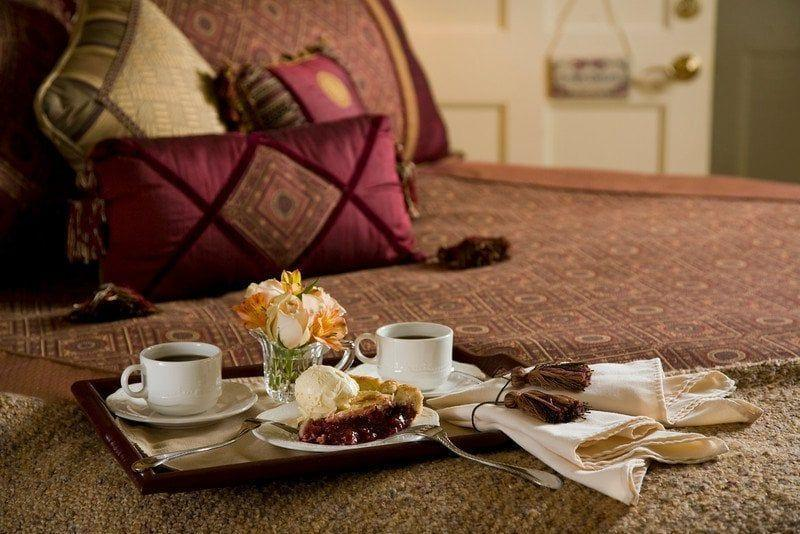 """<p><a href=""""https://www.tripadvisor.com/Hotel_Review-g40840-d77383-Reviews-Berry_Manor_Inn-Rockland_Maine.html"""" rel=""""nofollow noopener"""" target=""""_blank"""" data-ylk=""""slk:Berry Manor Inn"""" class=""""link rapid-noclick-resp"""">Berry Manor Inn</a> in Rockland</p><p>""""No review of Berry Manor Inn can be complete without mentioning how delicious the breakfast and the pies were. I've seriously never eaten so much pie in my life — it was starting to get difficult by the end of our stay. But every bite was awesome.<span class=""""redactor-invisible-space"""">"""" - Yelp user <a href=""""https://www.yelp.com/user_details?userid=pYGMD7UsKxGGt4OqGENjMA"""" rel=""""nofollow noopener"""" target=""""_blank"""" data-ylk=""""slk:Anne S."""" class=""""link rapid-noclick-resp"""">Anne S.</a></span></p>"""