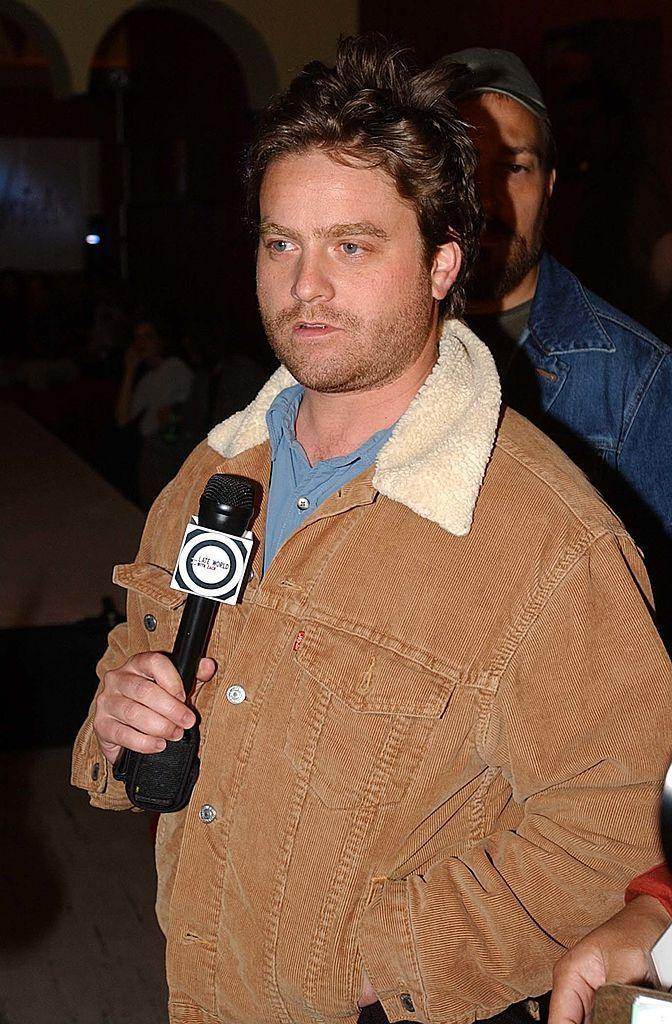 <p>Okay, Galifianakis with *less facial hair. We're not really sure Zach's face allows razors to cut to the skin.</p>