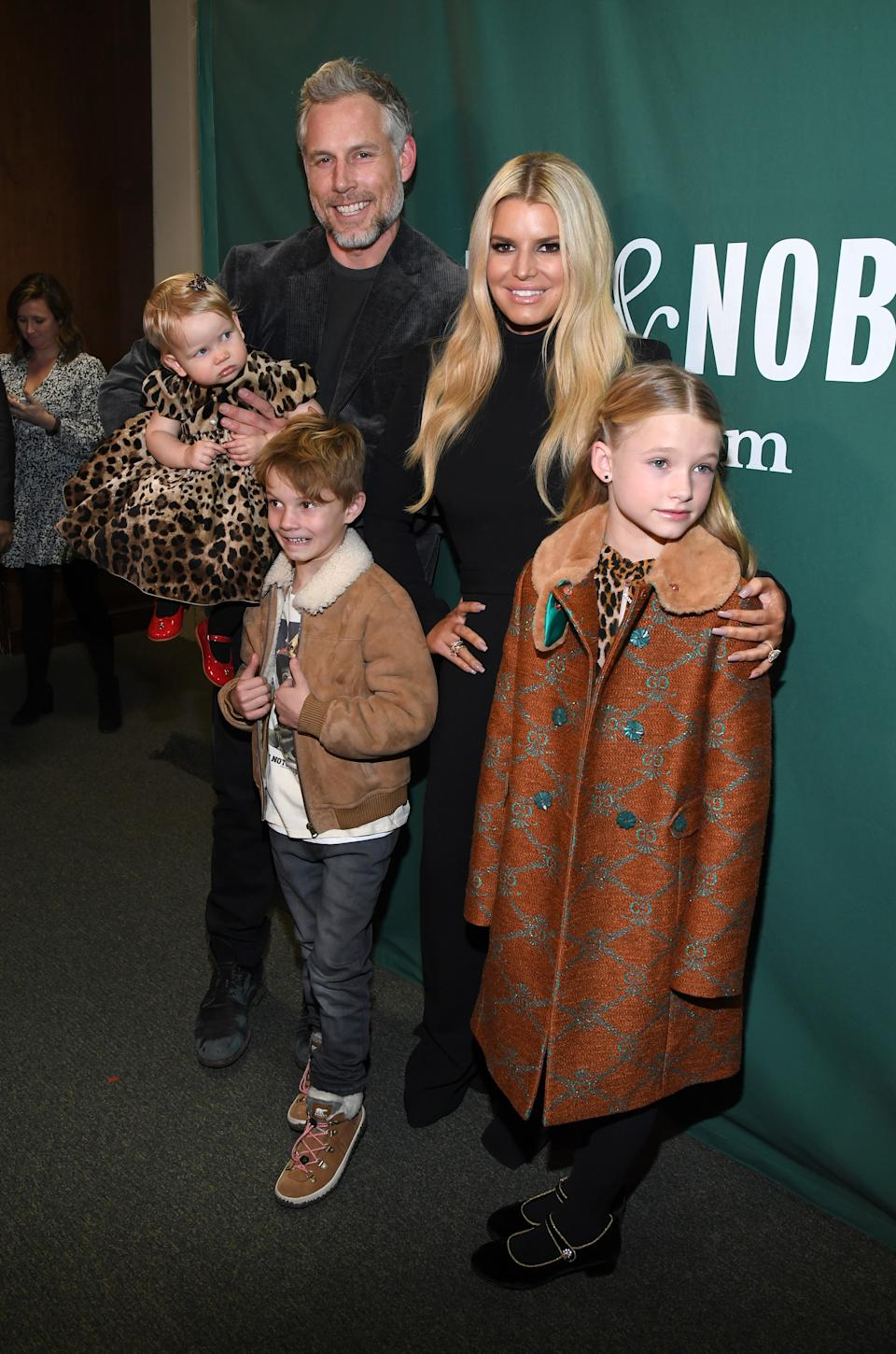 NEW YORK, NEW YORK - FEBRUARY 04:  Eric Johnson, Jessica Simpson, Birdie Mae Johnson, Ace Knute Johnson and Maxwell Drew Johnson pose at Barnes & Noble Union Square on February 04, 2020 in New York City. (Photo by Kevin Mazur/Getty Images)