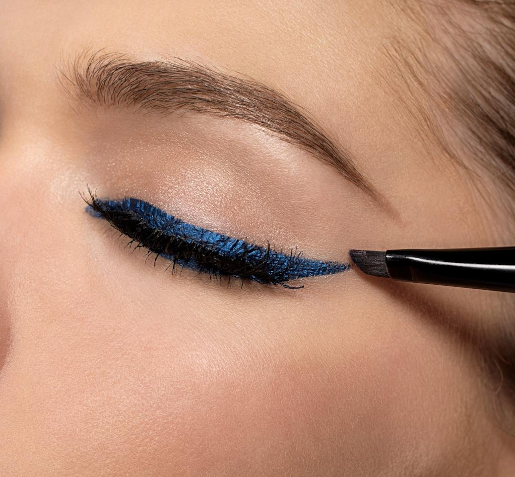 """<p>This year was all about making a statement with swipes of graphic eyeliner. """"Pair colors like cobalt blues, deep greens, and traditional black liners with a natural-looking skin look,"""" <a href=""""https://www.popsugar.com/beauty/Makeup-Trends-2019-45624809?stream_view=1#photo-45675029"""" class=""""ga-track"""" data-ga-category=""""Related"""" data-ga-label=""""https://www.popsugar.com/beauty/Makeup-Trends-2019-45624809?stream_view=1#photo-45675029"""" data-ga-action=""""In-Line Links"""">celebrity makeup artist Neil Scibelli</a> told POPSUGAR. We couldn't get enough of the <a href=""""https://www.popsugar.com/beauty/floating-eyeliner-trend-editor-experiment-46865612"""" class=""""ga-track"""" data-ga-category=""""Related"""" data-ga-label=""""https://www.popsugar.com/beauty/floating-eyeliner-trend-editor-experiment-46865612"""" data-ga-action=""""In-Line Links"""">floating eyeliner look</a>, which was first spotted on actress <a href=""""https://www.popsugar.com/beauty/Lucy-Boynton-Makeup-2019-SAG-Awards-45717876"""" class=""""ga-track"""" data-ga-category=""""Related"""" data-ga-label=""""https://www.popsugar.com/beauty/Lucy-Boynton-Makeup-2019-SAG-Awards-45717876"""" data-ga-action=""""In-Line Links"""">Lucy Boynton at the SAG Awards</a>.</p>"""