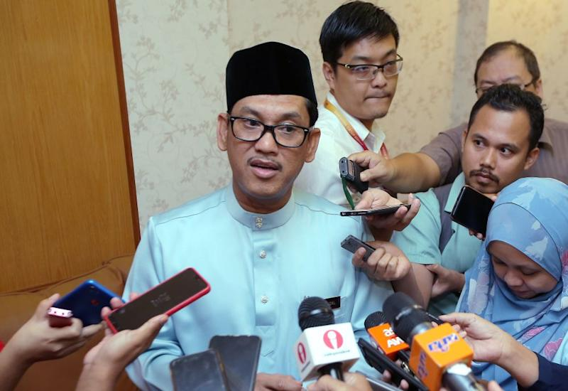Datuk Seri Ahmad Faizal Azumu addresses members of the press during the State Secretariat's Raya open house in Ipoh June 26, 2019. — Picture by Farhan Najib