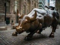 eToro is letting Australians trade on Wall Street commission-free, which it says presents 'a generational opportunity'