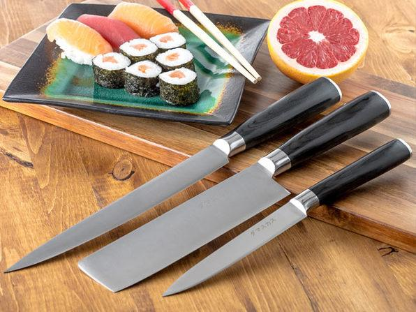 Damasukasu Japanese 3-Piece Master Chef Hanshu Knife Set. (Photo: Yahoo Lifestyle Shop)