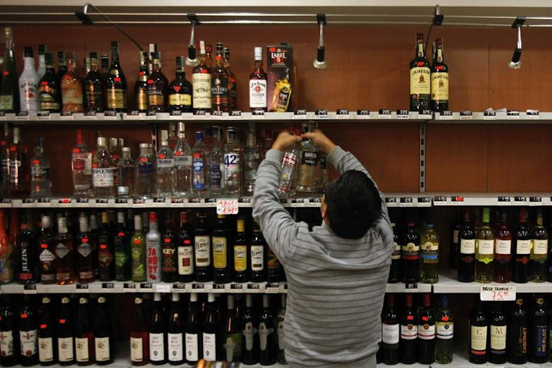 Maharashtra to Allow Home Delivery of Liquor, But Only to Those With Permits